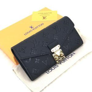 Black Color Louis Vuitton Pallas Wallet